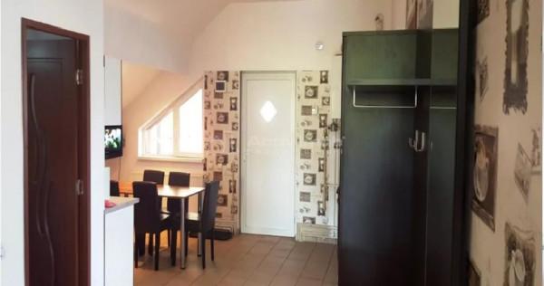 Apartament in vila, 3 camere -zona Fartec