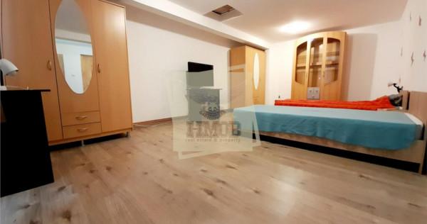 Apartament spatios la casa in zona Calea Poplacii