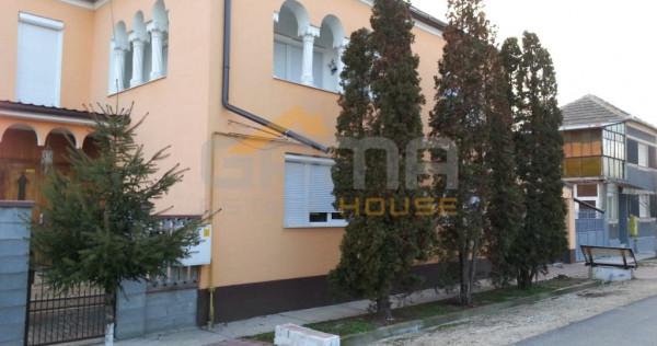 Casa individuala 5 camere, 720 mp teren, Chisineu Cris