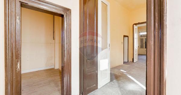 Apartament cu 2 camere de vânzare în zona Ultracentral