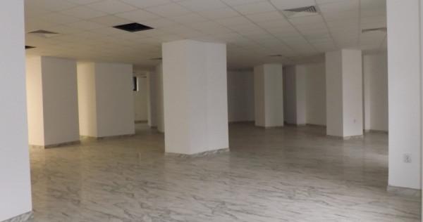 Spatiu comercial/birou centru – hotel ramada