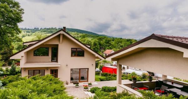 Vila la 9 km de loc. Deva, sat Carjiti, Jud. Hunedoara.