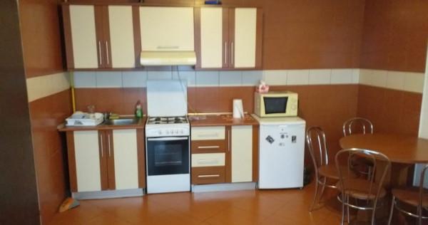 Apartament 2 camere, zona Subcetate