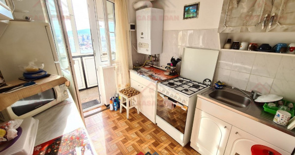 Apartament 3 camere decomandat in Campina,68 mp util,central