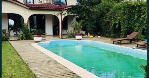 Casa exclusivista cu piscina Cumpana-Constanta