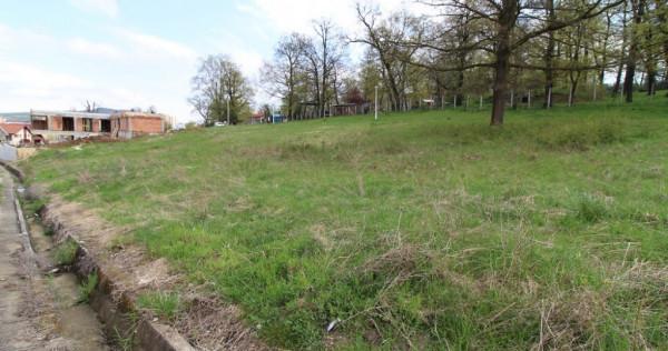 3 parcele teren intravilan în Hunedoara, zona Ciuperca
