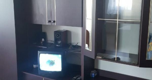 Inchiriez apartament 2 camere razboieni