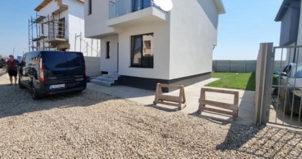 Casa singulara 4 camere/teren 250mp Carteir Independentei