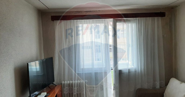 Apartament cu 2 camere de vânzare în zona Aurel Vlaicu