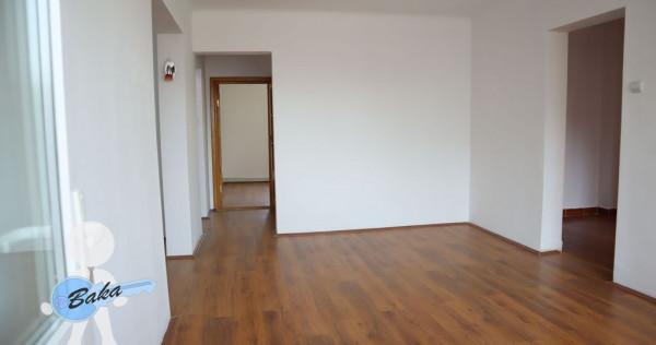 Apartament 4 camere -zona Hristo Botev