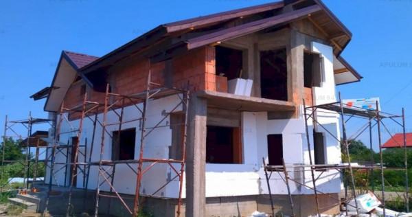 Casa 4 Camere cu Toate Utilitatile si 480 mp Teren in Creved