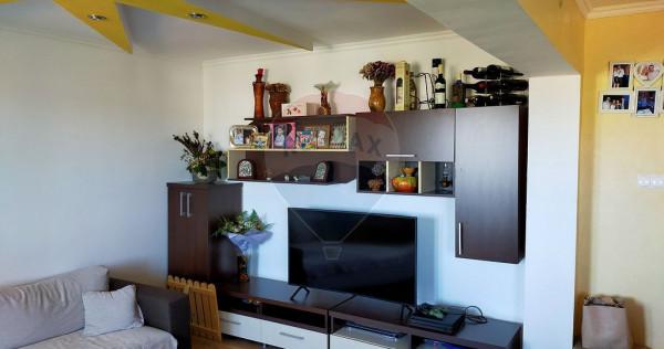 Apartament de vanzare 3 camere Nufarul