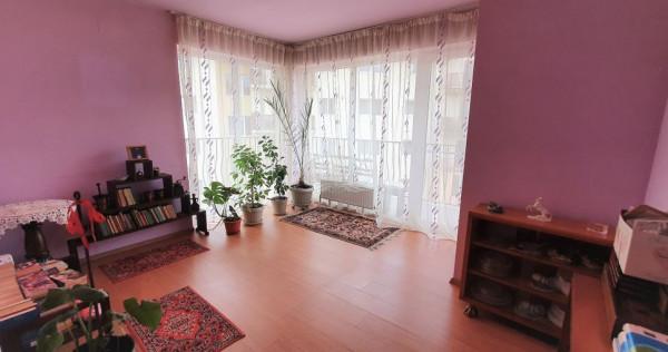 Apartament cu 3 camere, str.Florilor, Floresti