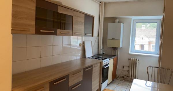 Apartament 3 camere decomandat 78mp Viisoara