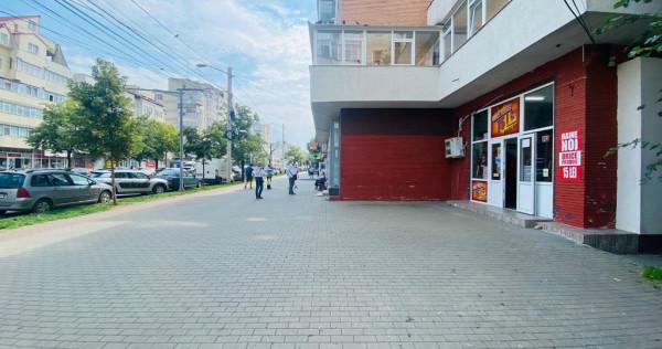 Spatiu cu terasa, bulevard, 52mp, Pacurari, langa Orange