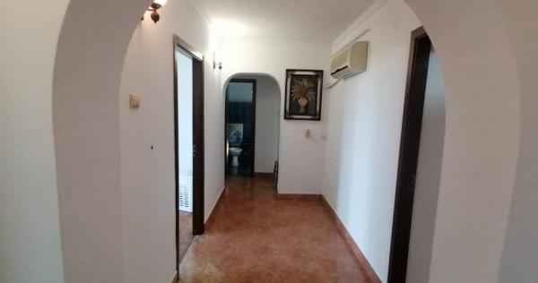 Apartament 3 camere in zona Spitalului Militar   Centrala  