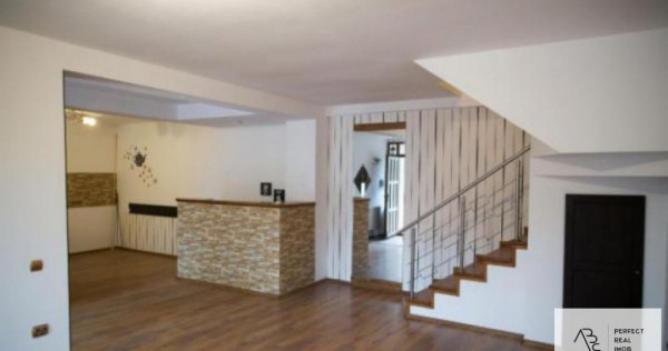 Inchiriere Casa/Vila 4 camere , Baneasa