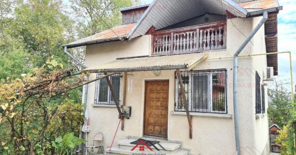 Casa in Poiana Campina,1996,P+M,5 camere,2 bai,teren 619 mp!