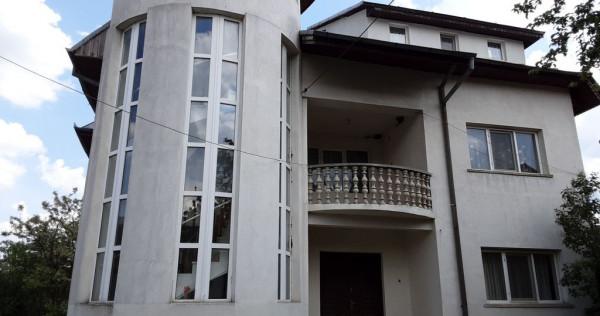 Vilă cu 6 camere in Tulnici