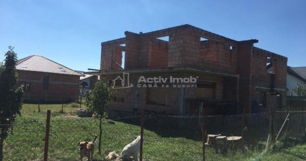 Casa/ Vila Rosu- 250 mp utili -560 mp teren- Z. Dedeman