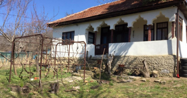 Casa rustica Punga, Buzau zona Nord