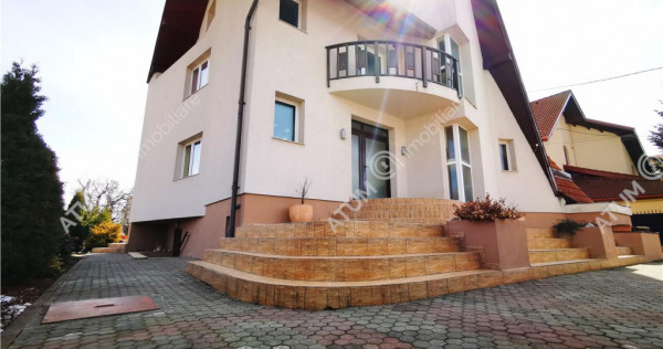 Casa deosebita cu 1000 mp teren in zona Sub Arini din Sibiu