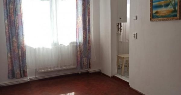 Apartament 2 camere Zona Dacia etaj 1