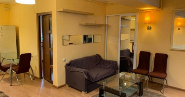 Inchiriere apartament 3 camere Vitan| Confort Park