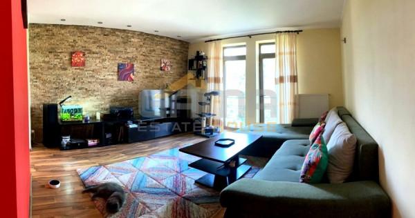 Apartament 2 camere modern la cheie, decomandat, Boul Rosu
