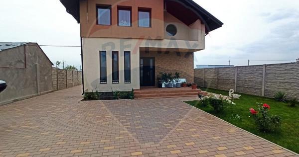 Casă / Vilă cu 4 camere de vânzare în zona Otopeni