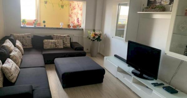 Apartament decomandat cu 3 camere în Complexul Studențesc