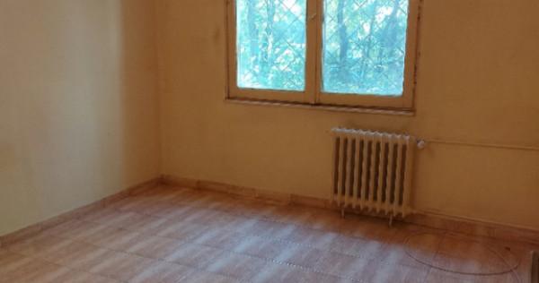 Apartament 2 cam Drumul Taberei-Valea Ialomitei Nemobilat