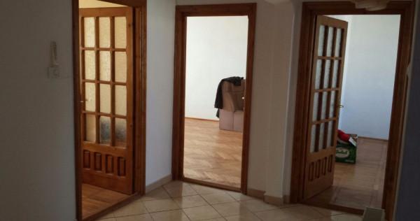 Apartament 4 camere Piatra Neamţ str progresului maratei